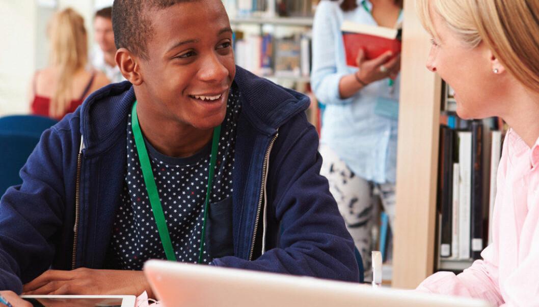 Utdanningsstatistikken for elever med kort botid gir grunn til bekymring, skriver Line Torbjørnsen Hilt i denne fagartikkelen. Ill.foto: Adobestock