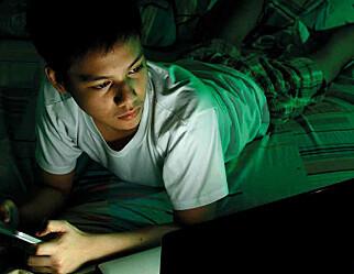 – Det er en tydelig sammenheng mellom skjermbruk, søvn og skolevansker