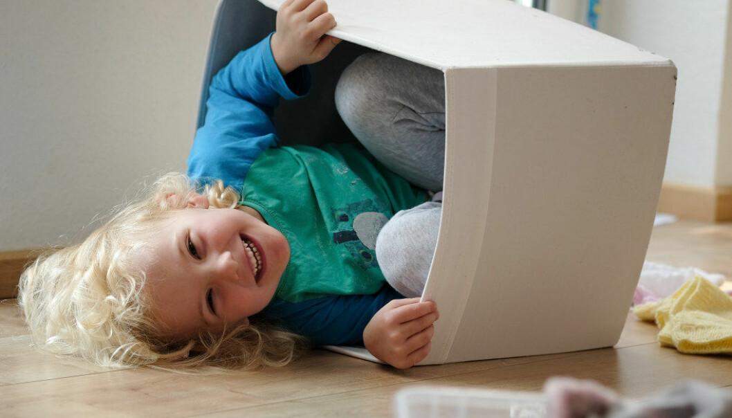 I rolleleken skaper barnet en oppdiktet verden som det selv går inn i. Barnet bruker først og fremst språket til å skape denne lekeverdenen, skriver artikkelforfatteren. Illustrasjonsfoto: Fotolia.com