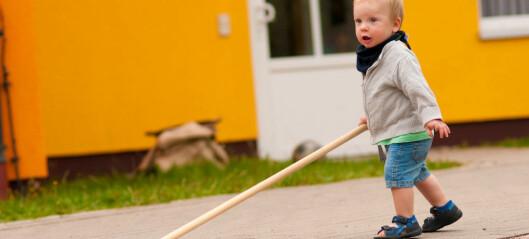– I Norge får barna være med å koste ute - i USA ville barnehagen bli saksøkt