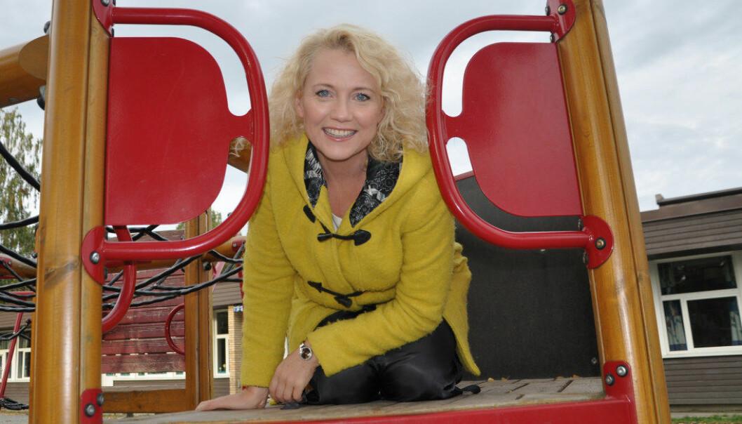 TV-2 programleder og foredragsholder Hedda Kise gikk i dansk barnehage mens foreldrene studerte i København, og hun husker hun var redd de eldste barna. Takket være en ansatt som så henne følte hun seg likevel trygg. Foto: Kjersti Salvesen