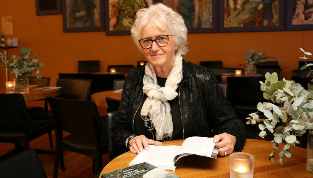 Professor emerita Berit Bae ønsker med sin nye bok å skape debatt om hvordan det står til i norske barnehager og om mangelen på lover og retningslinjer. Foto: Line Fredheim Storvik