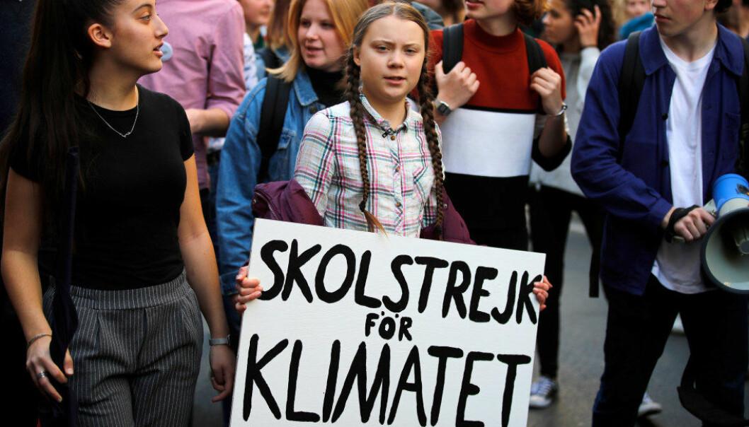 Det var den svenske 16-åringen Greta Thunberg som sparket i gang elevopprøret som har spredd seg verden rundt. Her leder hun en marsj med tusenvis av franske elever i Paris 22. februar. Foto: François Mori, Ap/NTB scanpix.