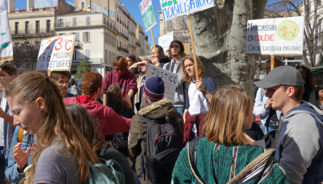 Denne veka streikar hundretusenvis av elevar for ei framtid det går an å leve i. Kan vi oversjå det? spør Roar Ulvestad. Biletet er frå ein elevstreik i Marseille i Frankrike 15. mars 2019. Foto: Wikimedia Commons / Touam (Hervé Agnoux)