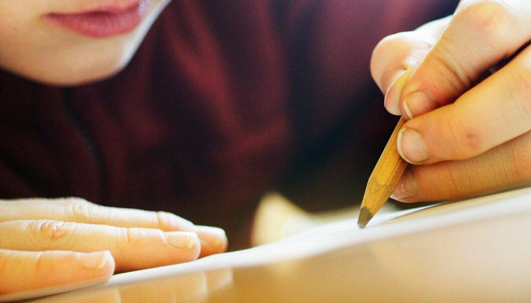Læreren anerkjenner elevenes kreativitet og utfordring av sjanger- og språknormer, både når det gjelder bruken av poesi og flere språk, skriver forfatteren av dette innlegget. Arkivfoto: Utdanning