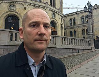 Steffen Handal mener gruppa som skal se på eksamensordningen, får for smalt mandat
