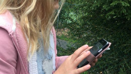Mobiler i skolen: – Skolene må avklare et forbud med foreldrene
