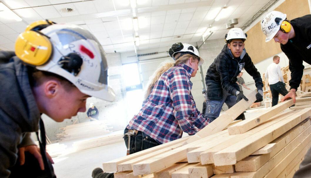 Nå kan elever som vil bytte til yrkesfag etter ett år på studiespesialisering likevel fullføre videregående skole på normert tid. Ill.foto: Erik M. Sundt