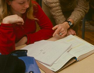 Revidert nasjonalbudsjett: Vil lokke flere unge til å bli lærere i barneskolen