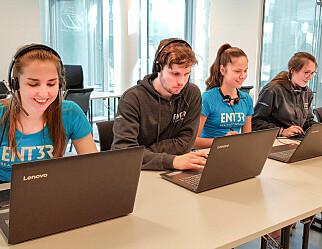 Slik kan elever få virtuell hjelp før eksamen i matematikk