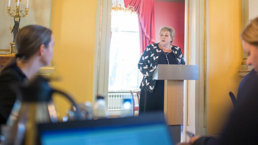 Solberg: Lærere kan hjelpe elever inn i den digitale fremtiden