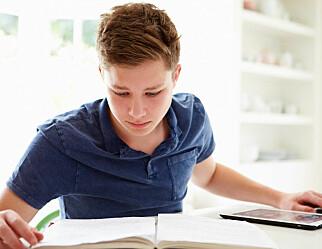 Elevar føretrekker ikkje nødvendigvis digitale lærebøker framfor papirbøker
