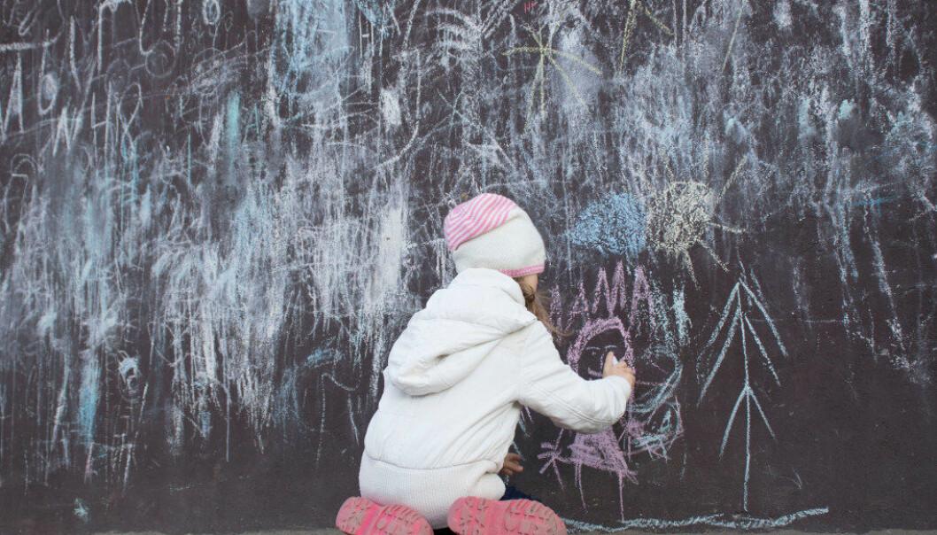Til enhver tid befinner det seg mange tusen barn i skoler og barnehager som har opplevd foreldretap, skriver Atle Dyregrov, Martin Lytje og Kari Dryregrov. Illustrasjonsfoto: Adobe Stock