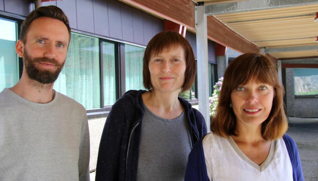 Skuffa over null-resultat: Tillitsvald Jon Hove, Astrid Nikolaisen og Monica Langeland, lektorar ved Fyllingsdalen vidaregåande skule i Bergen. Foto: Ingebjørg Jensen