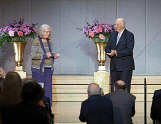 Kongen delte ut Abelprisen til den første kvinnelige mottakeren