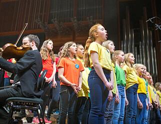 Regjeringen vil fjerne sang fra norskfaget