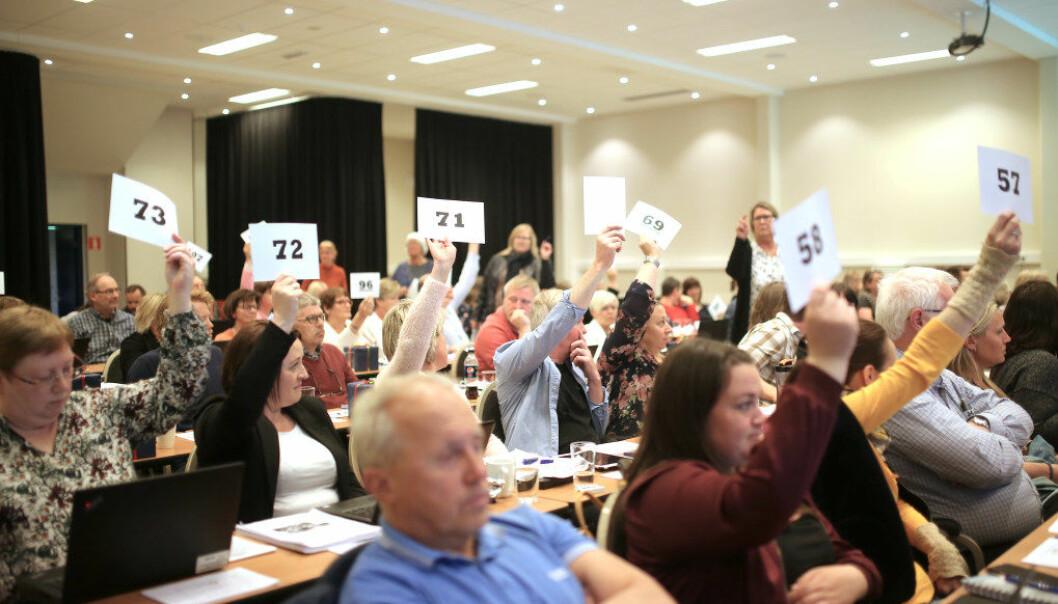 Tirsdag stemte Utdanningsforbundet i Buskerud over hvorvidt andre yrkesgrupper som vernepleiere og barnevernspedagoger kan bli medlem i Utdanningsforbundet. Forslaget ble avvist. Foto: Hans Skjong
