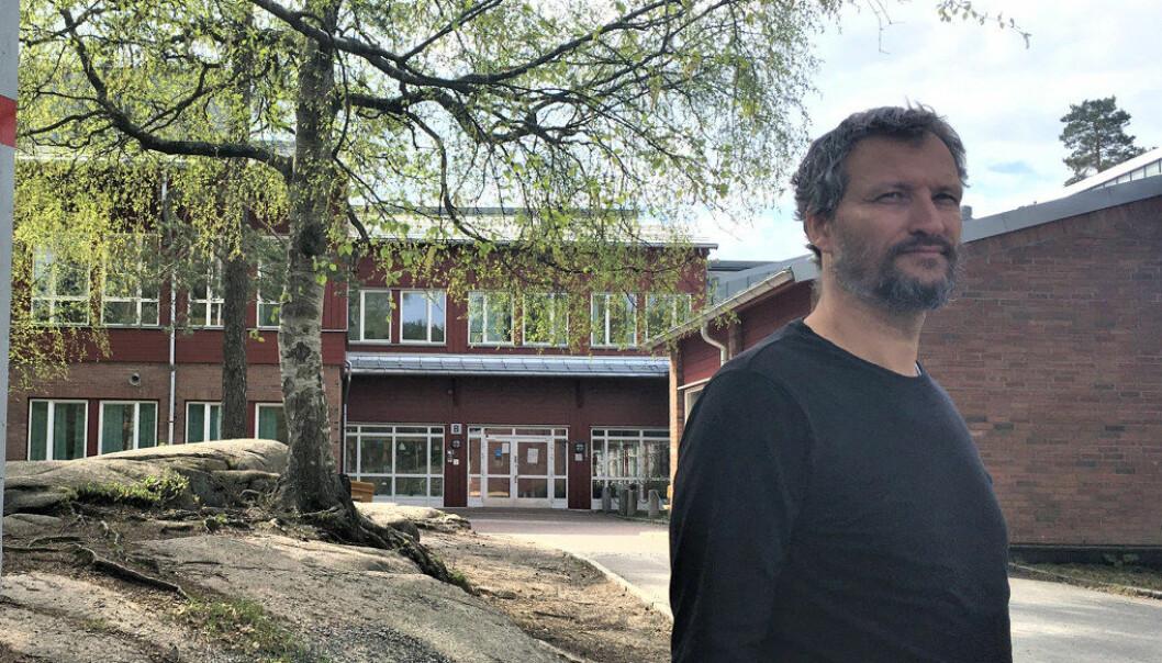 – De kortsiktige ulempene hindrer mange i å varsle om problemer på skolen, sier rektor ved Bjøråsen skole på Romsås i Oslo, Jarle Dukic Sandven. Foto: Sonja Holterman