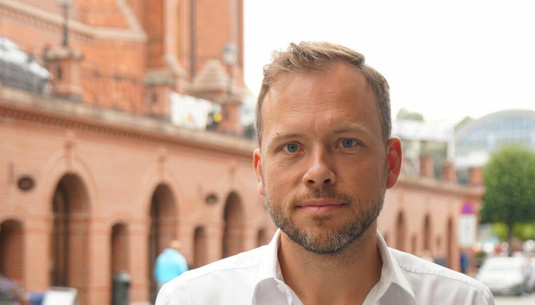 SVs partileder Audun Lysbakken er sterkt kritisk til Nord universitets forslag om å legge ned studiestedene på Nesna og i Sandnessjøen. Arkivfoto: Marianne Ruud