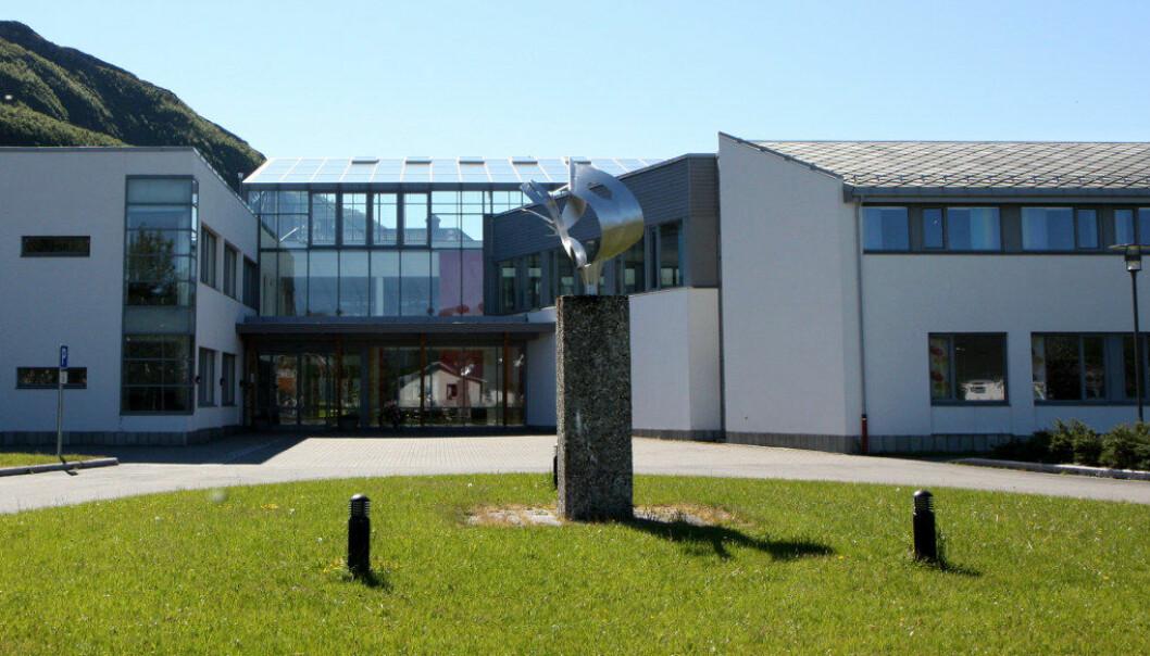 Nord universitet vil legge ned studiestedene i Nesna og Sandnessjøen. Det kan innebære slutten på lærerutdanningen på Nesna, som feiret 100 år i 2018. Foto: Nord universitet