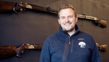Jens Andreas (24) er blitt børsemaker og traff blink med yrkesvalget