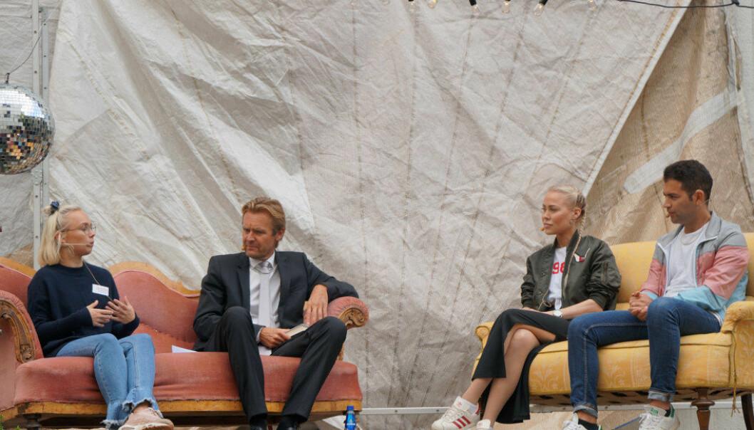De snakket om spiseforstyrrelser og psykiske lidelser hos unge. Fra venstre Elin Heitmann, Erik Wold, Ingeborg Senneset og Mani Hussaini.