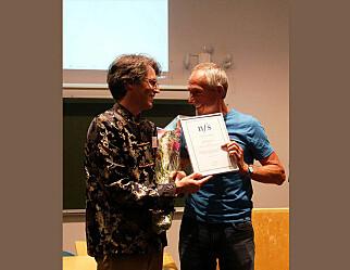 Lærer som vant fysikkpris «har stålkontroll og er flink til å forklare»