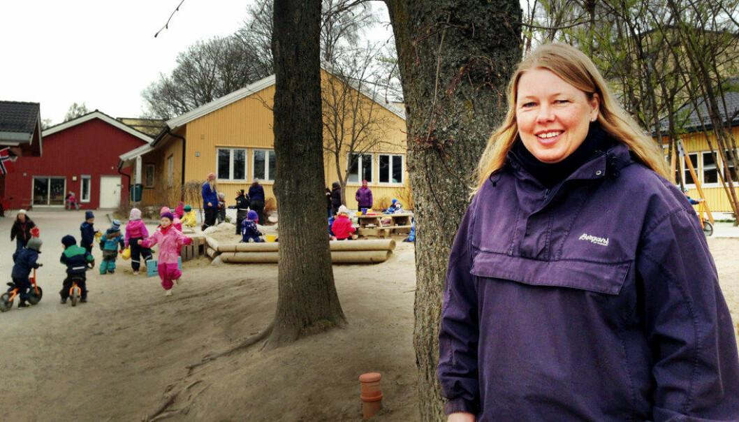 Heidi har jobbet i Sinsen barnehage i over 15 år. Hun trives blant barn og kolleger i barnehagen. Foto: Sonja Holterman