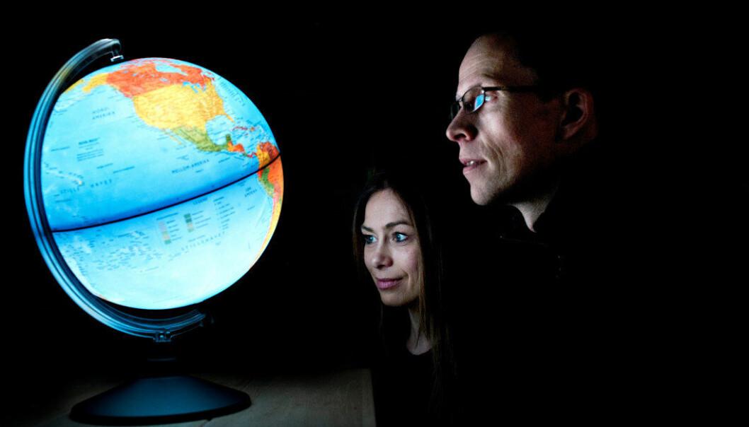 Professorene Monica Melby-Lervåg og Arne Lervåg vil ha mer debatt om svakheter i forskningslitteraturen også på utdanningsfeltet. Foto: Stig B. Hansen.