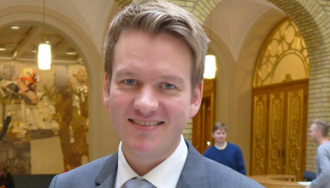 Saksordfører Anders Tyvand fra Kristelig Folkeparti er glad for at et bredt politisk flertall støtter forslaget om å få utredet utvidet rett til opplæring på nynorsk for elever på ungdomstrinnet. Foto Marianne Ruud