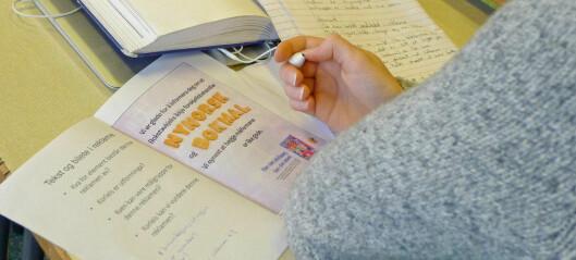 Norsklærere: Vi blir bedre lærere av å gi færre karakterer