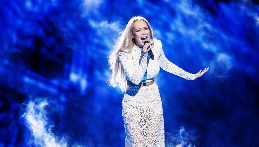 Her er Agnete Kristin Johsen i semifinalen i Melodi Grand Prix i år. Foto: LORENTZ-ALLARD ROBIN / Aftonbladet / IBL Bildbyrå