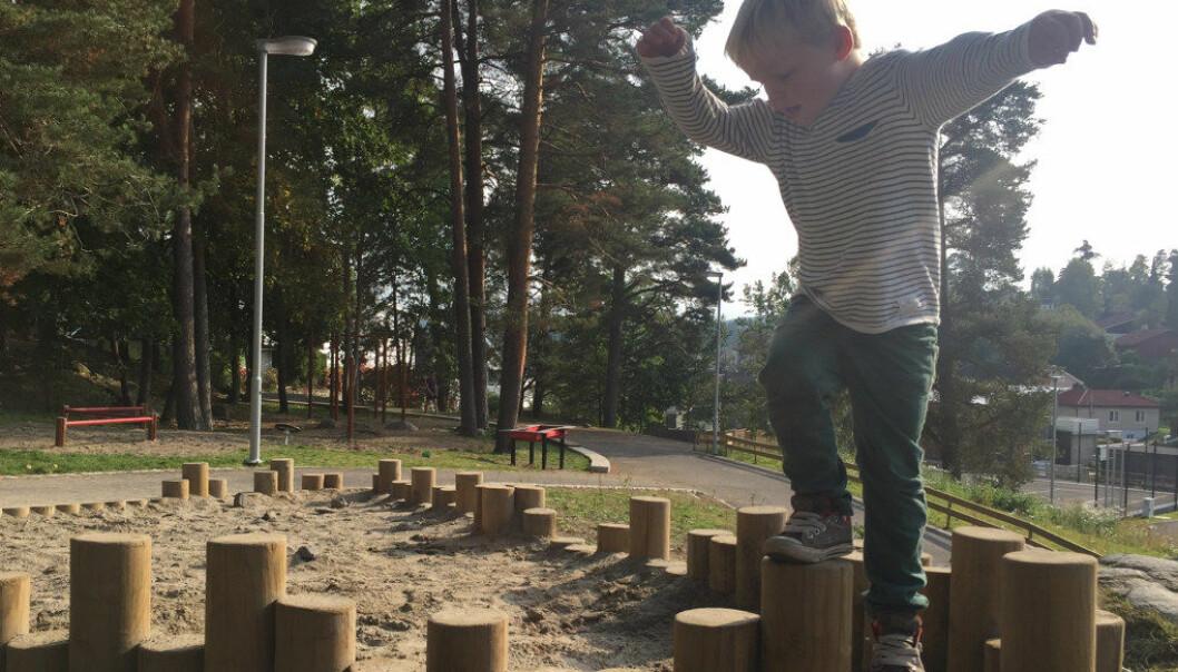 De ansatte skal bygge på kreativitet og lek og være åpne for improvisasjon, heter det i nytt forslag til ny rammeplan for barnehagen. Foto: Paal Svendsen