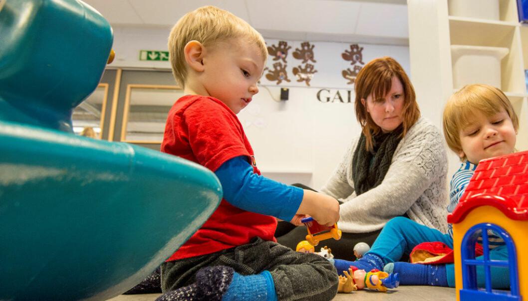 Det skal også stilles krav til private barnehager om at det skal snakkes dansk og legges vekt på pedagogisk innhold om demokrati. NB. Personene på bildet har ingenting med artikkelen å gjøre. Illustrasjonsfoto: Utdanning