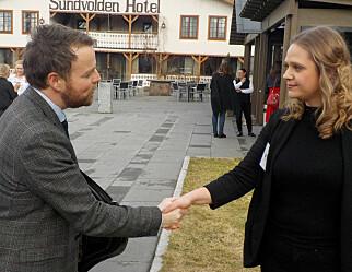 Røe Isaksen: Masterutdanning for barnehagelærere burde være et mål