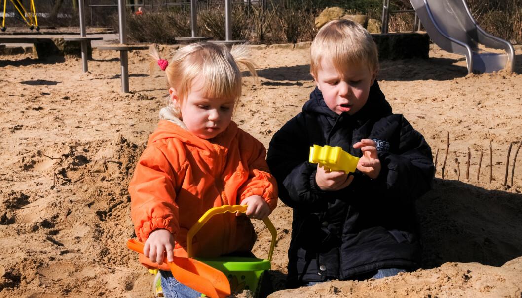 Barn snakker mer når de leker enn når de deltar i strukturerte aktiviteter eller spiser, viser dansk forskning. Illustrasjonsfoto: Fotolia.com