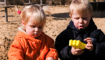 Barna bruker språket mest i lek