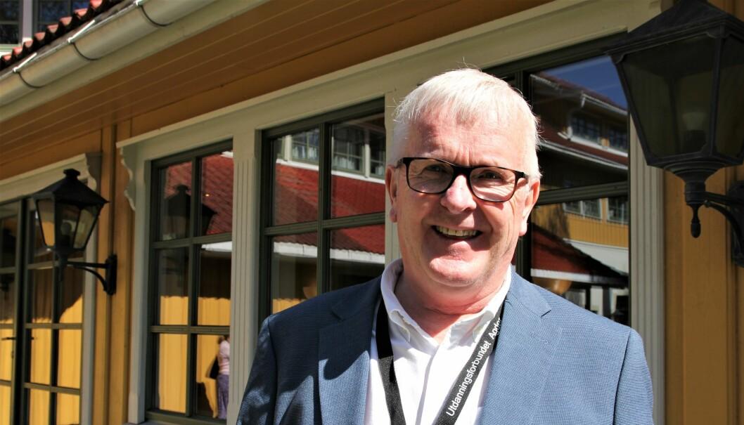Hvis leder i Utdanningsforbundet Aust-Agder, Ottar Stordal, fikk være fylkesordfører for en dag, skulle han sørget for å sikre økonomien i de videregående skolene i Agder. Foto: Sonja Holterman