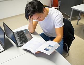 Jentene får bedre eksamensresultater enn guttene