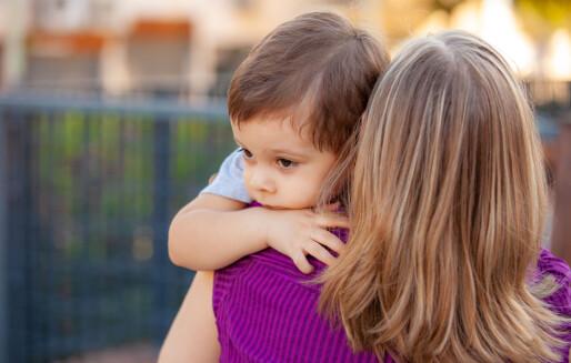 -Stian holder godt rundt halsen til moren og ser ikke på meg. Jeg vet at dette øyeblikket er viktig for å bygge en god relasjon