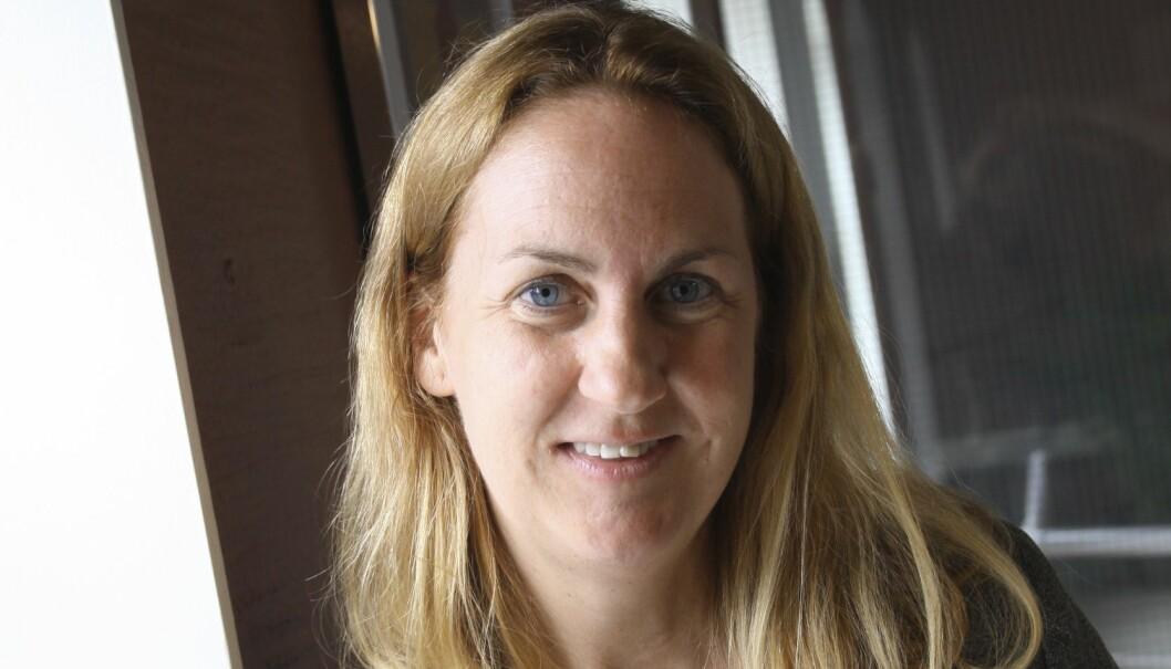 Kari Strand er leder for Drama- og teaterpedagogene. Hun er skuffet over at drama er tatt ut av utkast til læreplaner i norsk, og vil kjempe for å få dette inn igjen. Foto: Tore Brøyn