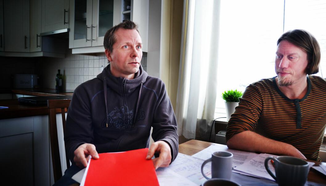 Joakim Bjerkely Volden og Marius Andersen med advokatenes vurdering av om det er «ordrenekt» og «grovt pliktbrudd» at de nekter å evaluere elevene sine med kryss.