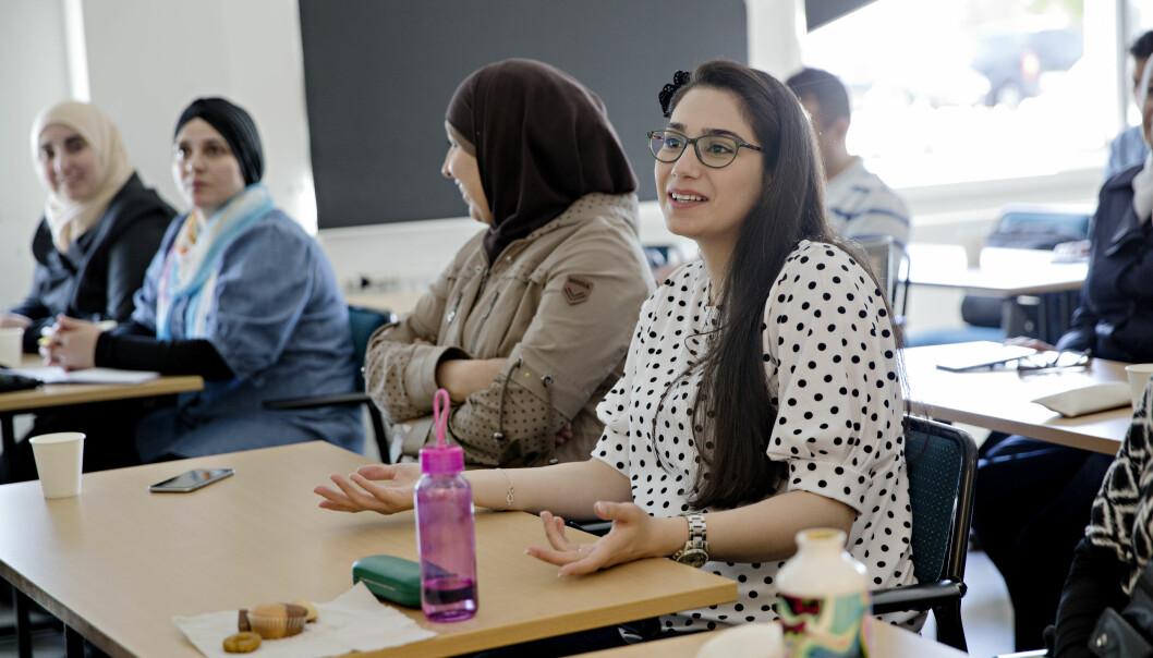 Å lære svensk er vanskelig, synes Navar K. Zada fra Syria. Hun flyktet med familien sin fra det krigsherjede landet i 2015. Foto: Kristian Ridder-Nielsen