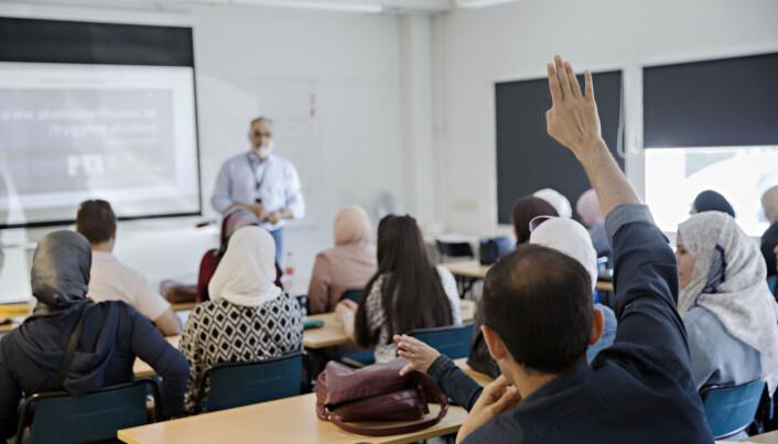 På to år er 12 studenter uteksaminert fra den kompletterende lærerutdanningen ved OsloMet. Ved den svenske varianten, Snabbspåret, har 1250 utlendinger med lærerutdanning blitt kvalifisert for jobb i den svenske skolen siden 2016. Foto: Kristian Ridder-Nielsen