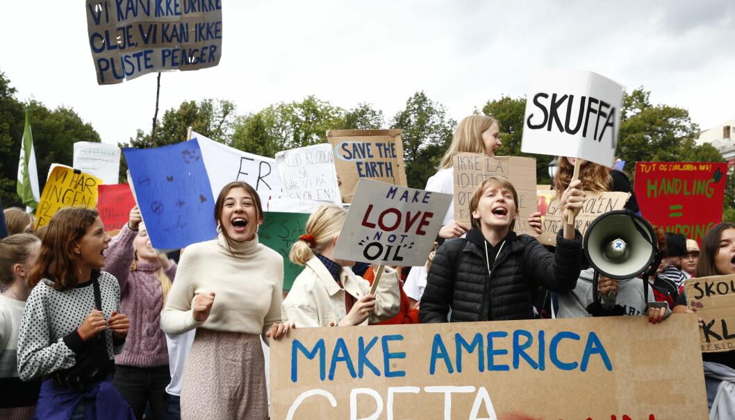 Elever i Oslo og rundt 40 andre steder deltok i skolestreik for klimaet fredag. Foto: Terje Pedersen/NTB Scanpix