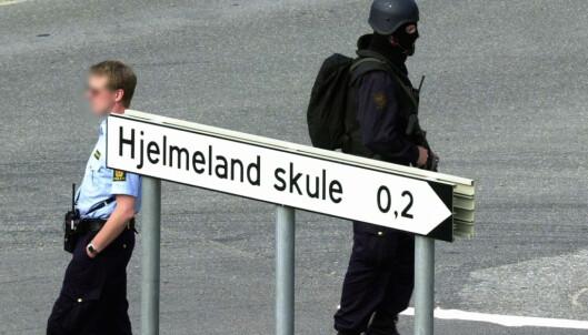 Beredskapstroppen ble flydd inn til Hjelmeland for å bistå det lokale politiet under gisseldramaet. FOTO: NTB scanpix