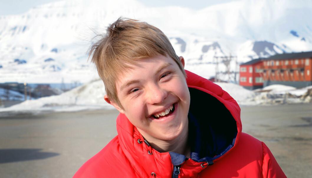 Trym er godt kjent i Longyearbyen. Det er en trygghet for mor og far at alle vet hvem sønnen deres er. Foto Marianne Otterdahl-Jensen