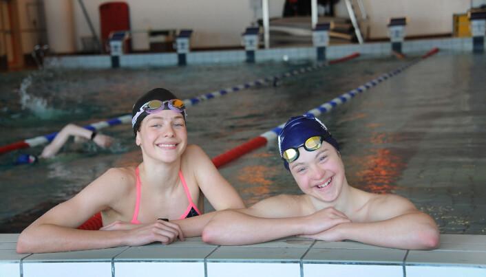 Svømming er Tryms idrettsgren, og han har til og med deltatt i OL. Ekstra stas er det når lillesøster Vår trener sammen med ham. Foto: Marianne Otterdahl-Jensen