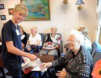 I Flosta får unge og eldre lære av hverandre
