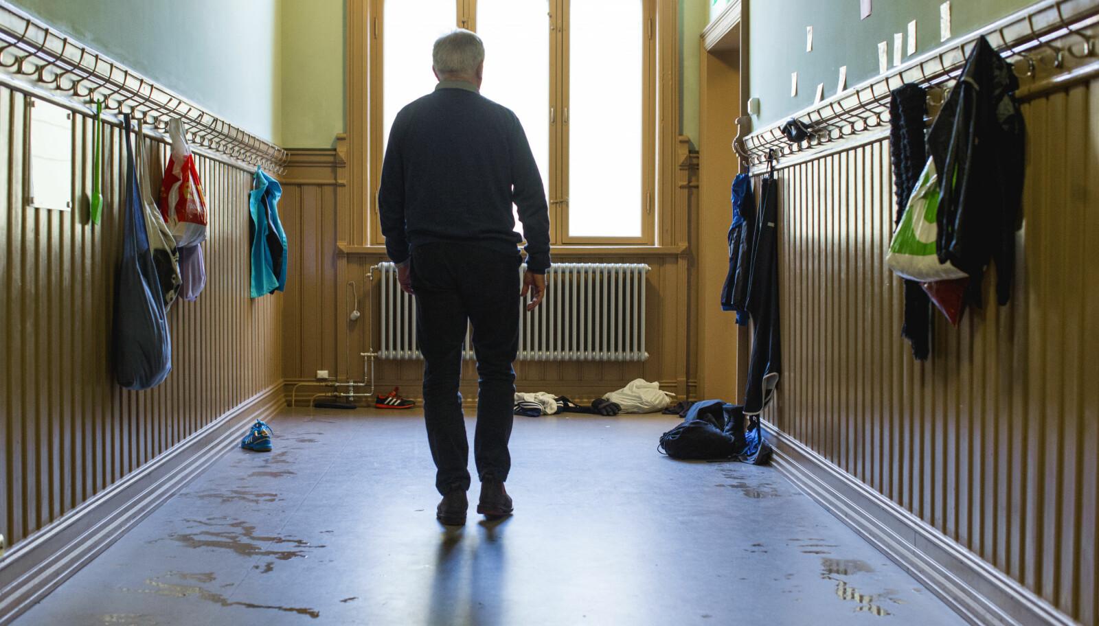 En stor kartleggingsundersøkelse i Hedmark viser at elever foretrekker kvinnelige lærere og gir dem bedre skår på tilbakemeldinger i undervisningen, faglig trivsel, relasjon mellom lærer og elev og for norskundervisning. Foto: Tom-Egil Jensen